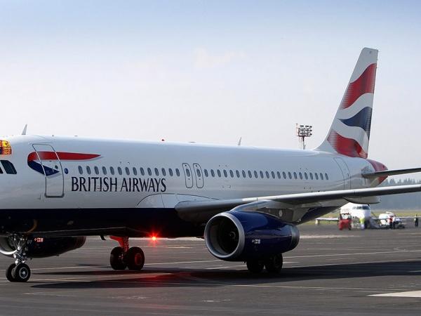 На борту British Airways разрешено не выключать телефон
