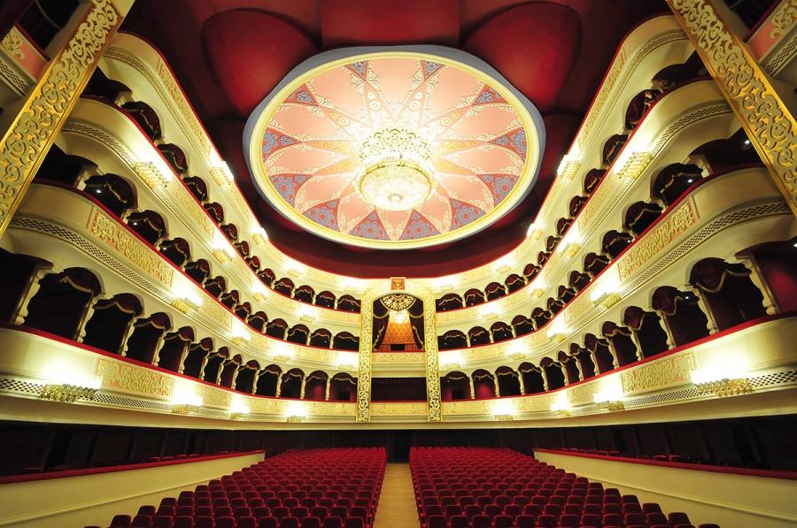 театр оперы и балета,